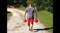Kettle bell farmers walk